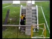 745a31100182353 Skodeng Aksi Ringan Ringan di Taman Permainan