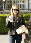 Nov 23, 2010 - Emma Roberts - Out n About in Los Angeles 80a848108211133