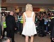 Nov 20, 2010 - Pixie Lott - Switching on Xmas Lights - Lakeside Shopping Centre in Essex 0d3aa3108405651