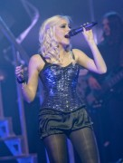 Nov 24, 2010 - Pixie Lott - The Crazycats Tour 4ed8f8108402073