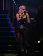 Nov 24, 2010 - Pixie Lott - The Crazycats Tour 902bed108402279