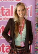 Isabel Lucas-Total Girl Stage School  event 2005
