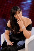 Моника Беллуччи, фото 1559. Monica Bellucci Beautiful Cleavage 61st Sanremo Song Festival in Italy 2/18/11, foto 1559