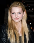 Эбигейл Бреслин, фото 29. Actress Abigail Breslin attends the Vanity Fair party during the 10th annual Tribeca Film Festival at State Supreme Courthouse on April 27, 2011 in New York City., photo 29