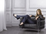 Photos of Past Bond Girls E3d401146837234