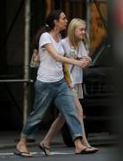 Dakota Fanning / Michael Sheen - Imagenes/Videos de Paparazzi / Estudio/ Eventos etc. - Página 4 4fa697149510184