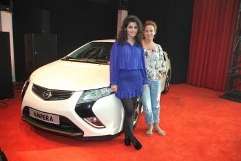 Katie Melua & Opel Ampera, Bonn 03.10.2011 (1x)