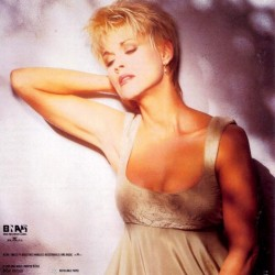 Country singer lorrie morgan nude
