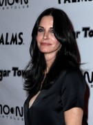 Courteney Cox at Cougar Town Viewing Party at Moon Nightclub in Las Vegas 21st January x10