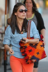 Кристин Кройк, фото 1215. Kristin Kreuk leaving the Kings Road Cafe in West Hollywood, february 16, foto 1215