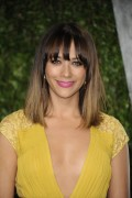Рашида Джонс, фото 469. Rashida Jones 2012 Vanity Fair Oscar Party - February 26, 2012, foto 469