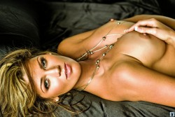 ������� ���������, ���� 16. Crystal McCahill Playboy's Miss May 2009, foto 16