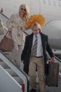 Памела Андерсон, фото 5006. Pamela Anderson arrival at Vienna International Airport, march 4, foto 5006