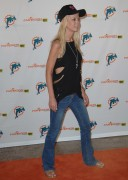 Tara Reid @ Miami Dolphins Versus New York Jets Game In Miami -September 26th 2010- (HQ X15)